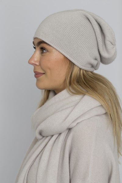 Allude hat