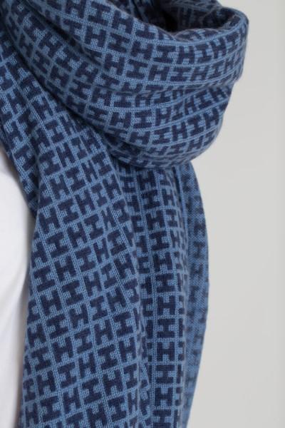 scarf-radeknit-h-print-hemisphere