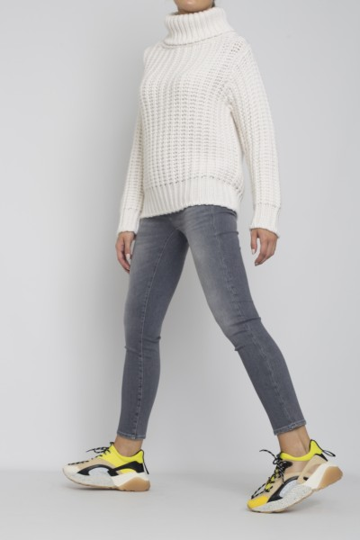 Stephan Boya Lino Turtle Sweater